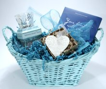Sympathy baskets for women